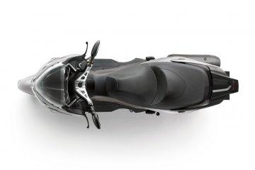 2014年モデル J300 ABS 欧州一般仕様(SC300B)スタイリング