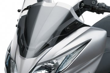 2014年モデル J300 欧州一般仕様(SC300B)フィーチャーカット