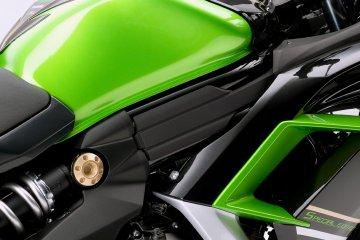 2014モデル Ninja 400 Special Editionフィーチャーカット