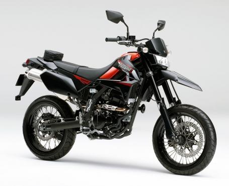 2015年モデル D-TRACKER X