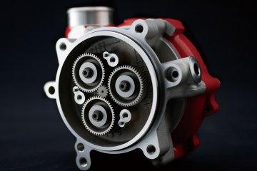 2015年モデル Ninja H2R 欧州一般仕様(ZX1000P)-gear