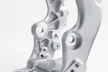 kx450h_16_swingarm-pivot