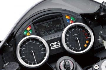 2016年モデル ZZR1400 ABS (ZX1400H)※欧州一般仕様 フィーチャー