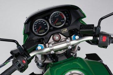 2013年モデル ZRX1200 DAEG Z生誕40周年記念 カワサキ正規取扱店特別仕様車
