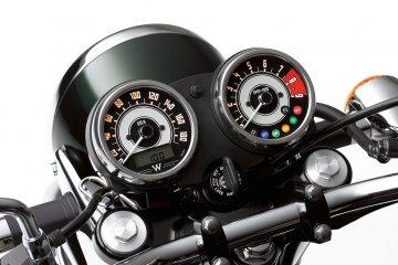 2011年モデル W800 (EJ800ABF)※欧州一般仕様