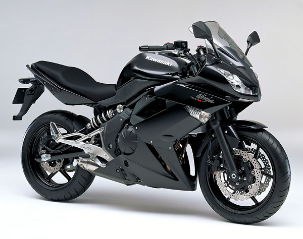 2011年モデル Ninja400R ブラック