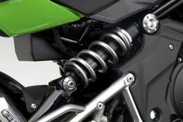 2011年モデル Ninja400R リヤサスペンション