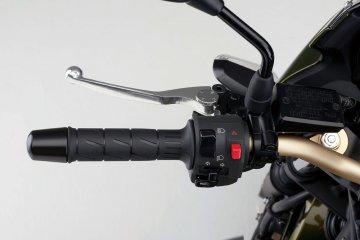 ZRX1200DAEG/ハンドル左