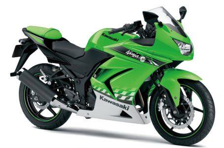 2010年モデル Ninja250R ライムグリーン×パールスターダストホワイト
