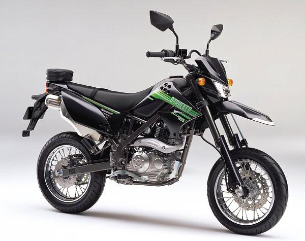2011年モデル D-TRACKER125 エボニー