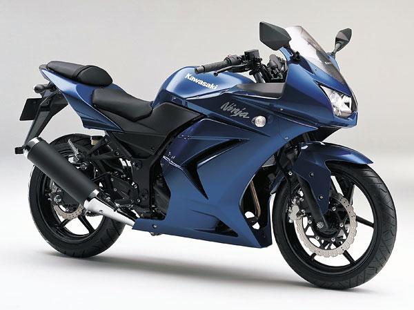 2011年モデル Ninja250R ブルー
