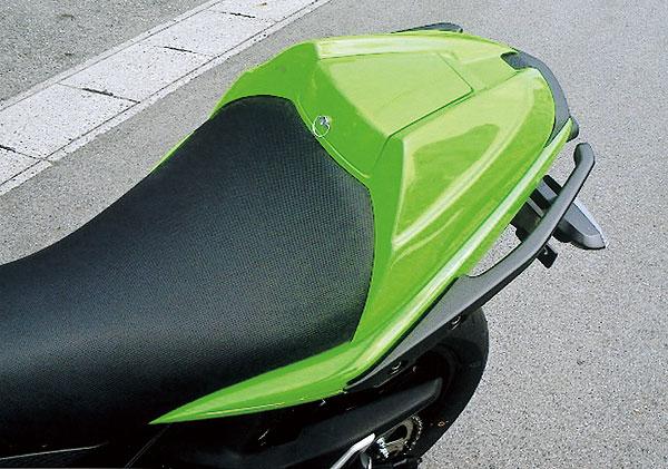 カワサキショップ・ブレジャー Ninja400R用 シングルシートシェル