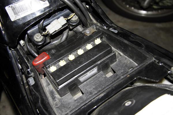 第8回 バッテリーの液量管理
