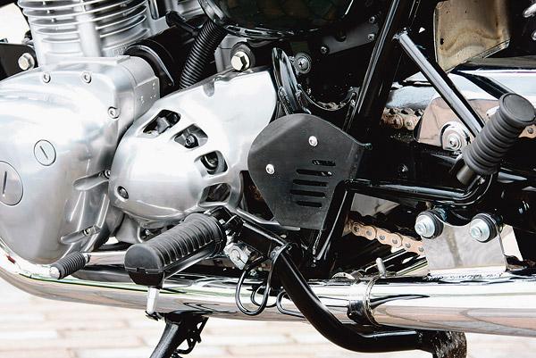 W800 プロト ヒールガード