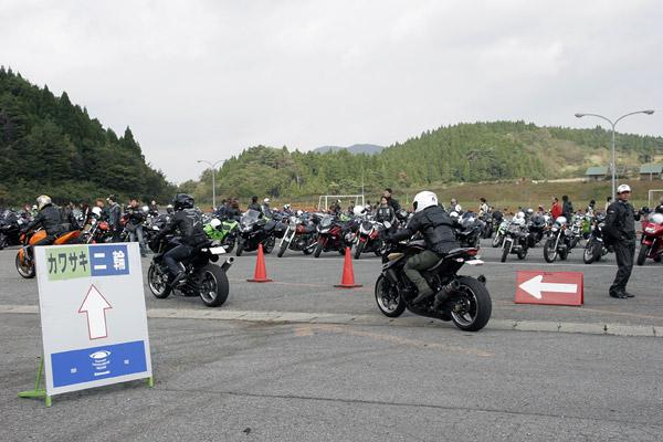 写真は「カワサキコーヒーブレイクミーティング in 佐賀」の模様