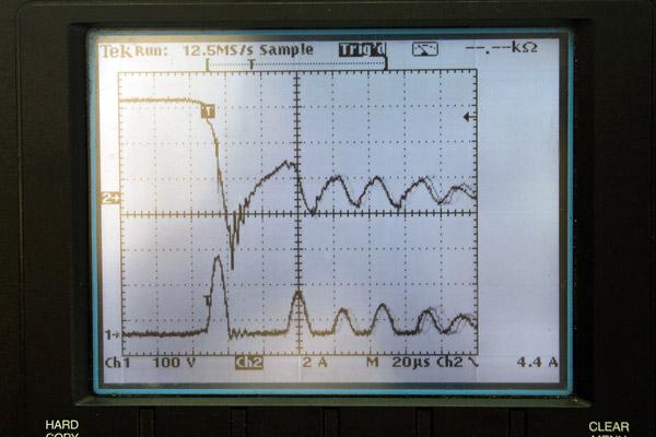 ニンジャ1000+プラズマダイレクト ダイレクトイグニッションコイル 電流波形