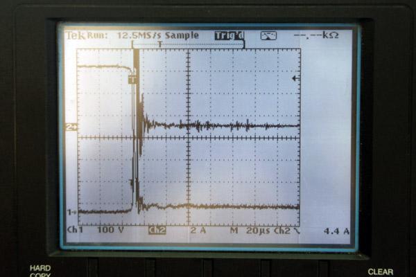 ニンジャ1000(ノーマル) ダイレクトイグニッションコイル 電流波形