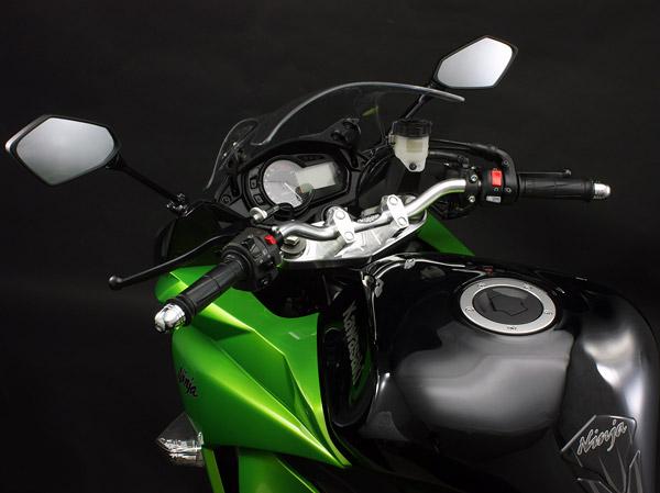 Ninja1000用 バーハンドルキット(シルバー)装着