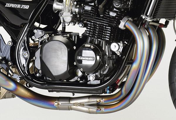 ナイトロレーシング ゼファー750用チタン製フルエキゾーストマフラー