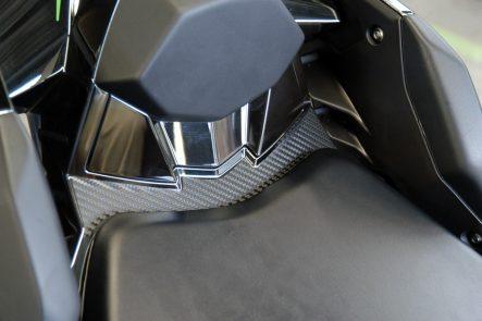 drsuda-ninjah2-seat-cowl-protector02