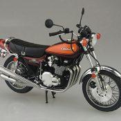 アオシマ 1/12 NO32 カワサキ 750RS(Z2) カスタムパーツ付き
