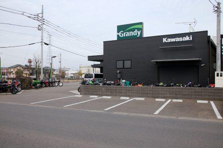 カワサキ プラザ宇都宮インターパーク 駐車場