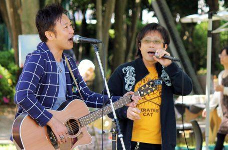 ハヤミイワオ氏(右)、落合みつを(左)