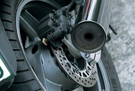GPZ900R(A13) リヤブレーキ