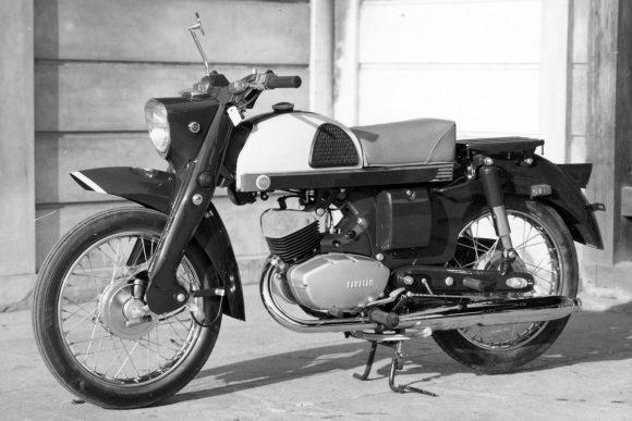 1960 メイハツ B6