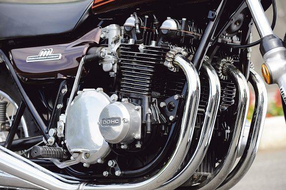 1972 900 Super4 (Z1) エンジン