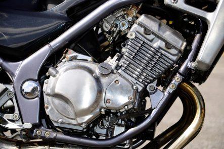 1991 Balius(ZR250A) エンジン