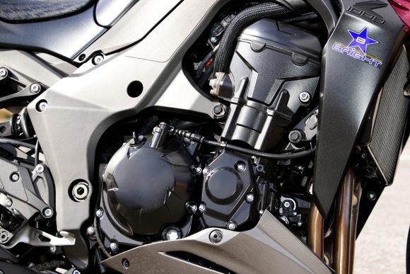 2016 Z1000(ZR1000F) エンジン
