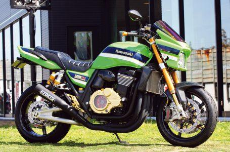 カスタムマシン ZRX1200DAEG by バズファクトリー