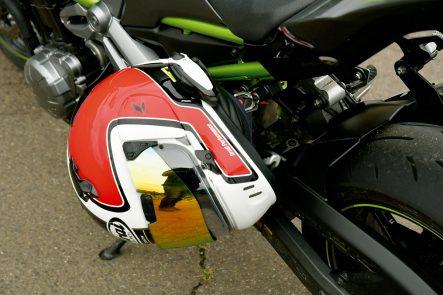 2018年モデル Z900(ZR900B) ヘルメットホルダー