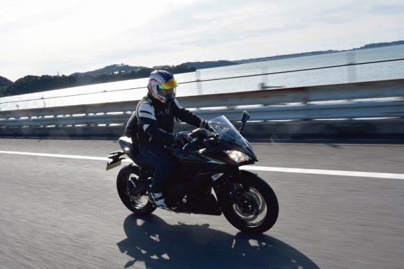2018年モデル Ninja 650(EX650KJFA) 高速道路走行