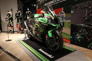 カワサキワールドにて、Kawasaki Racing Teamの鈴鹿8耐優勝マシンを展示