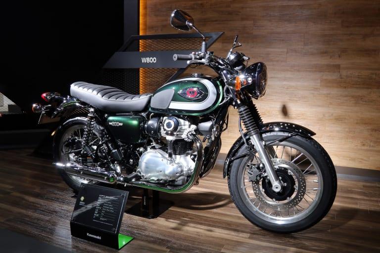 2020年モデル W800
