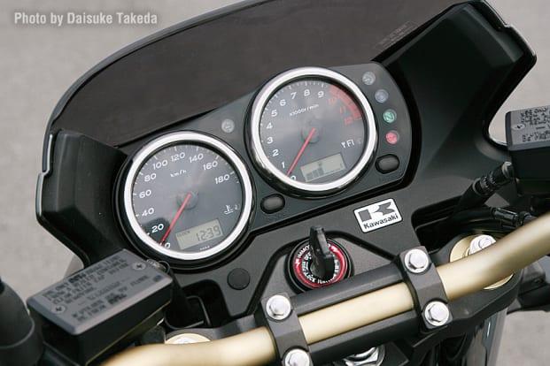 2009 ZRX1200 DAEG インジケーター類
