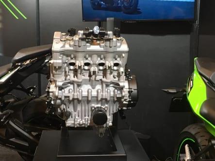 ZX-25Rエンジン