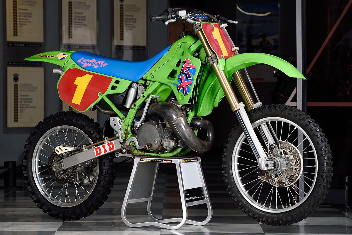 国際A級250cc KX250SR(1989)