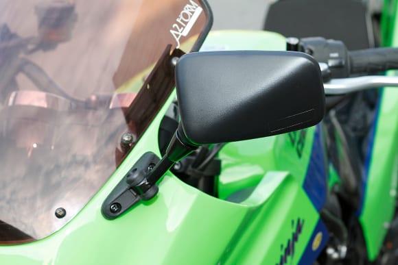 ドレミコレクション Z900RS用外装キット GPZ900Rスタイル ミラー