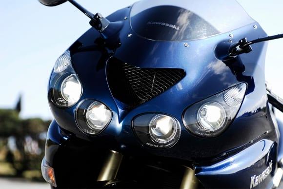 2007 ZZR1400 ヘッドライト