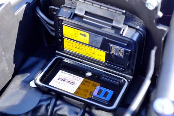 2009年モデル ZRX1200 DAEG ETC 車載器(オプション)
