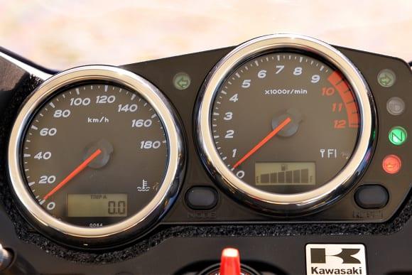 2009年モデル ZRX1200 DAEG メーター