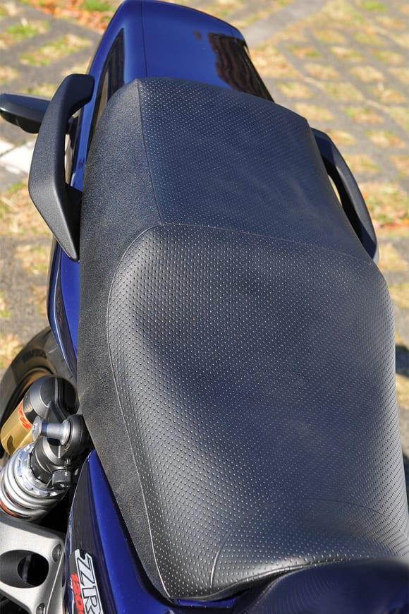 2009年モデル ZRX1200 DAEG シート
