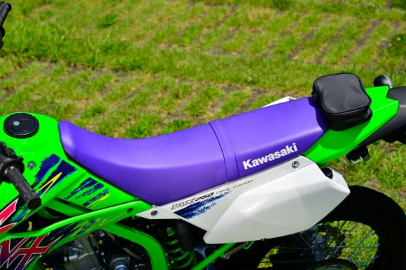 2016年モデル KLX250 Final Edition シート