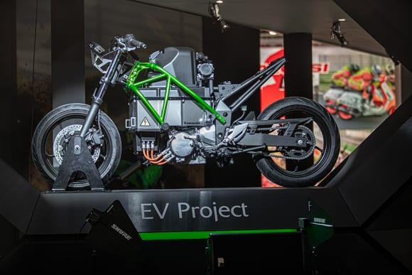 カワサキ EVプロジェクト
