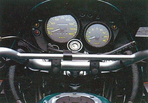 1993年モデル KLE250 ANHELO メーター