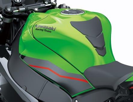 2021年モデル Ninja ZX-10R ガソリンタンク