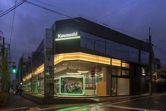 いち早くMEGURO K3の実物を見れる! カワサキ プラザ東京等々力とカワサキワールドで展示